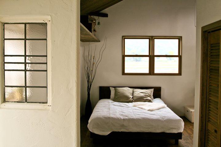 消臭・調湿効果の高い、ほたて漆喰の壁