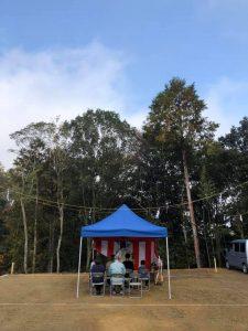 森の中の分譲地で「ロハスな家」着工