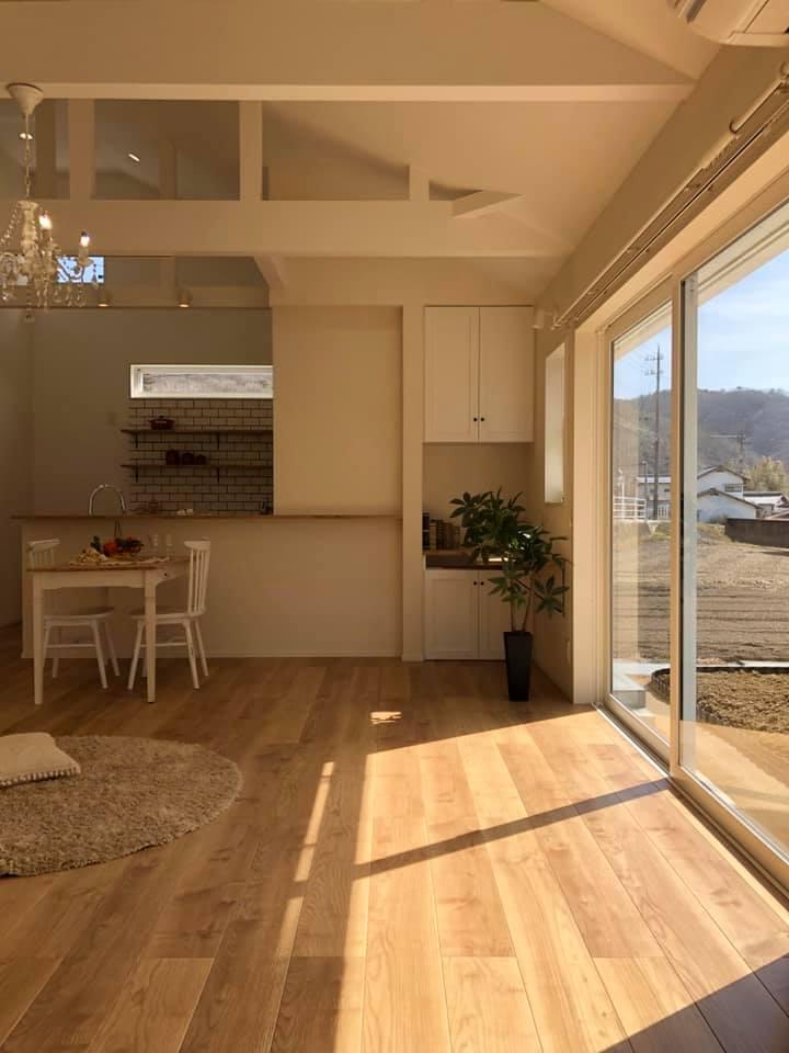 「太陽に素直な家」完成しました。