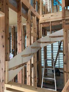ゆっくり階段の家